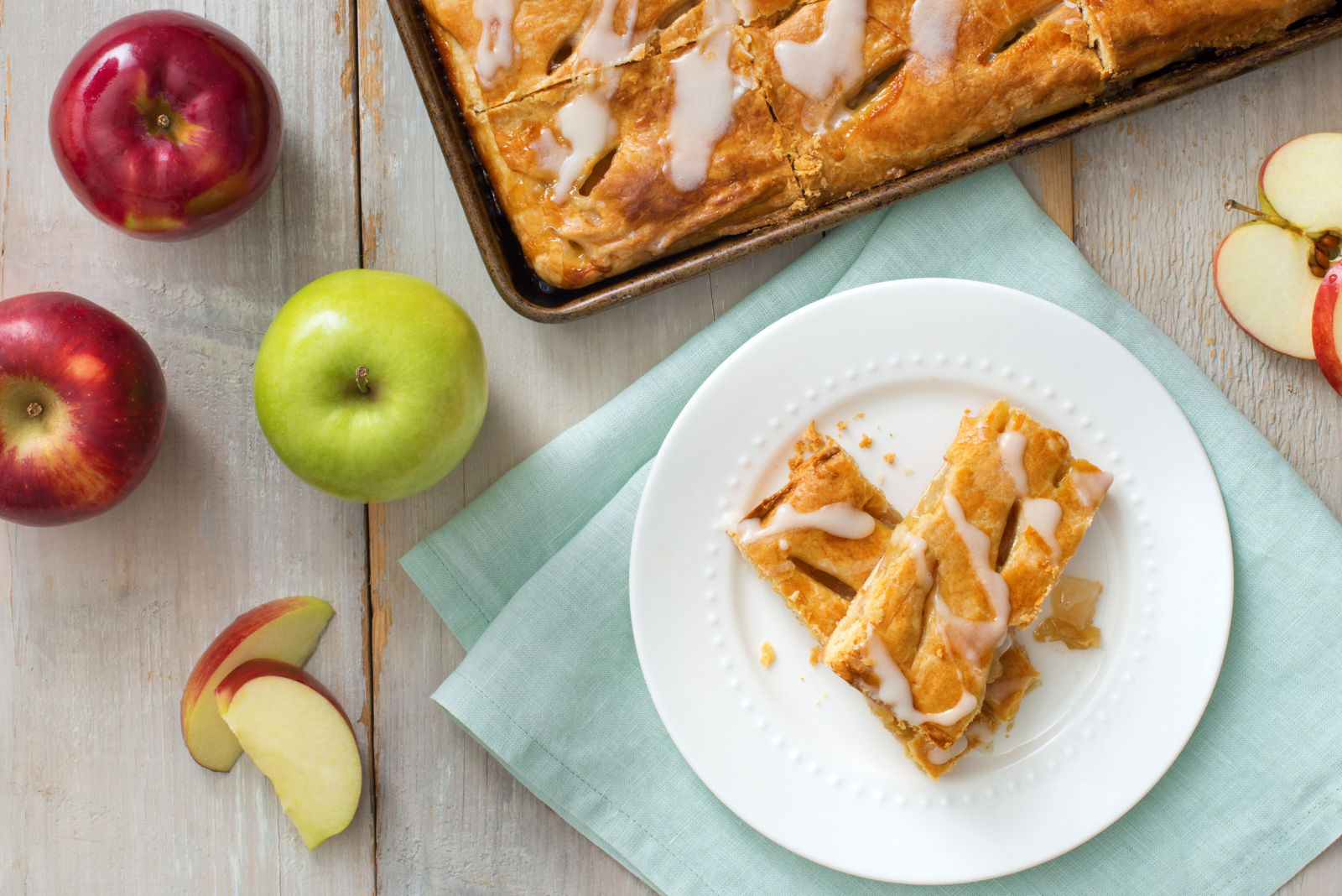 Apple Pastry Dessert Bars