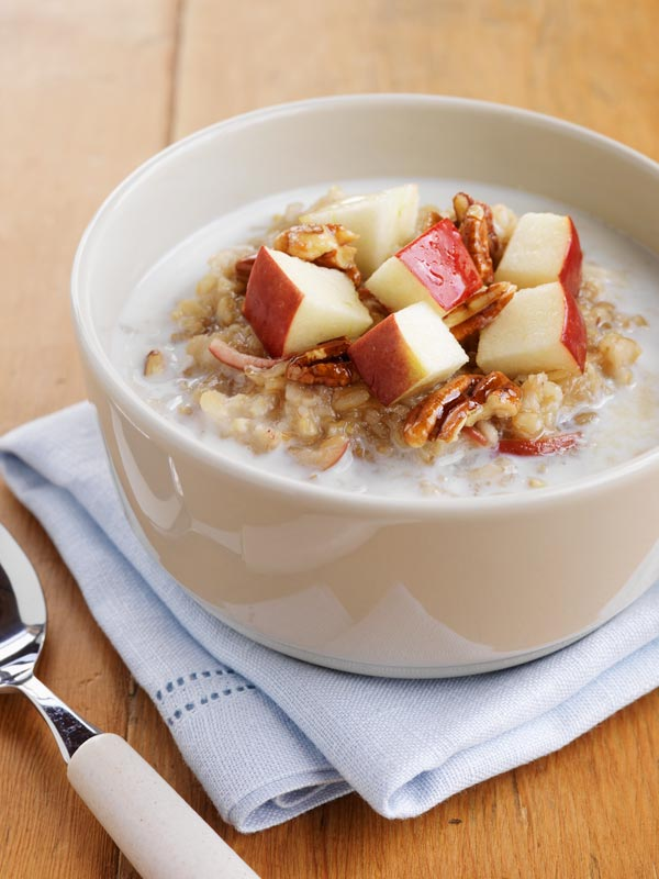 Ontario Apple-Maple Oatmeal with Pecans